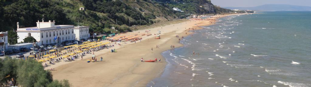 Spiaggia dall'alto 2